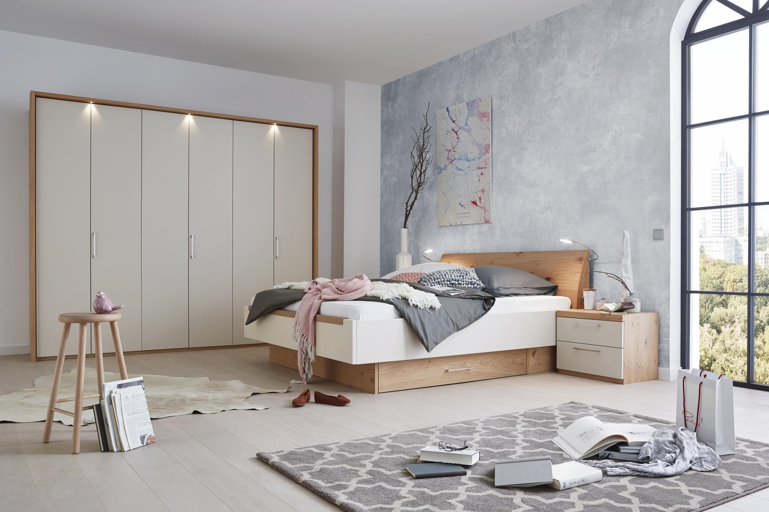 schlafzimmer in eichefarben sandfarben schlafzimmer schlafzimmer schlafzimmer set und tr ume. Black Bedroom Furniture Sets. Home Design Ideas