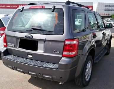 Ford Escape Xlt Aed 46 000 Http Www Autodeal Ae Used Cars For