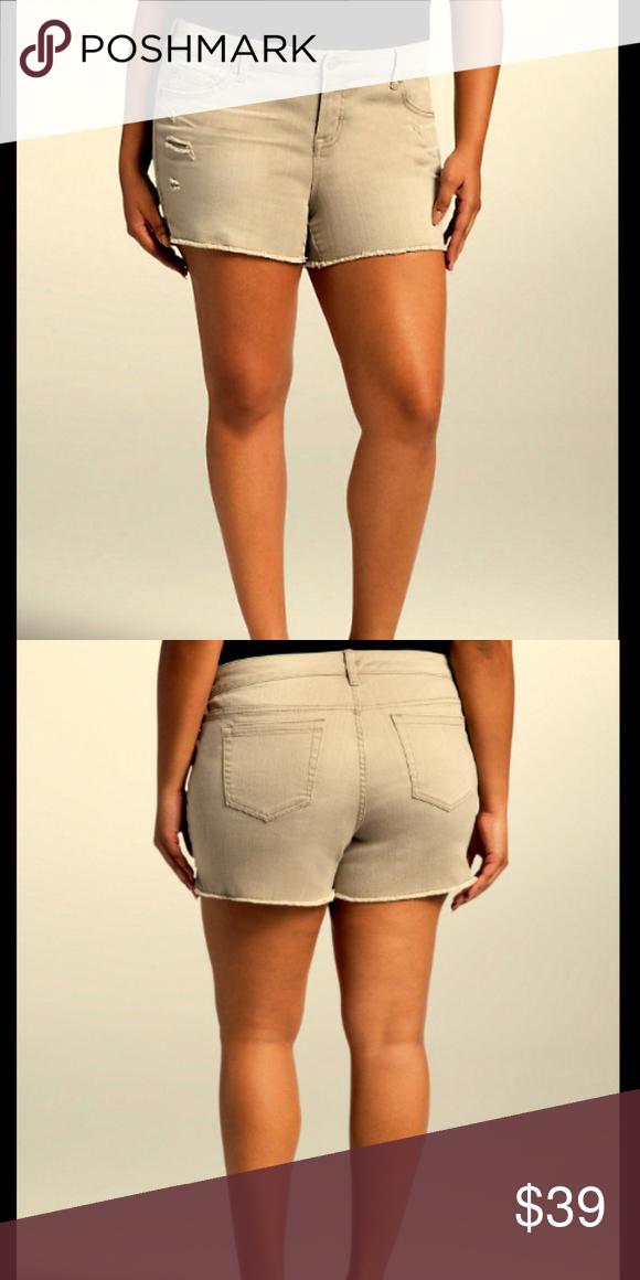 df1289dcd0661 Torrid NEW Plus 26 4X Tan Ripped Denim Jean Shorts TORRID NWT Denim Jean  Shorts in