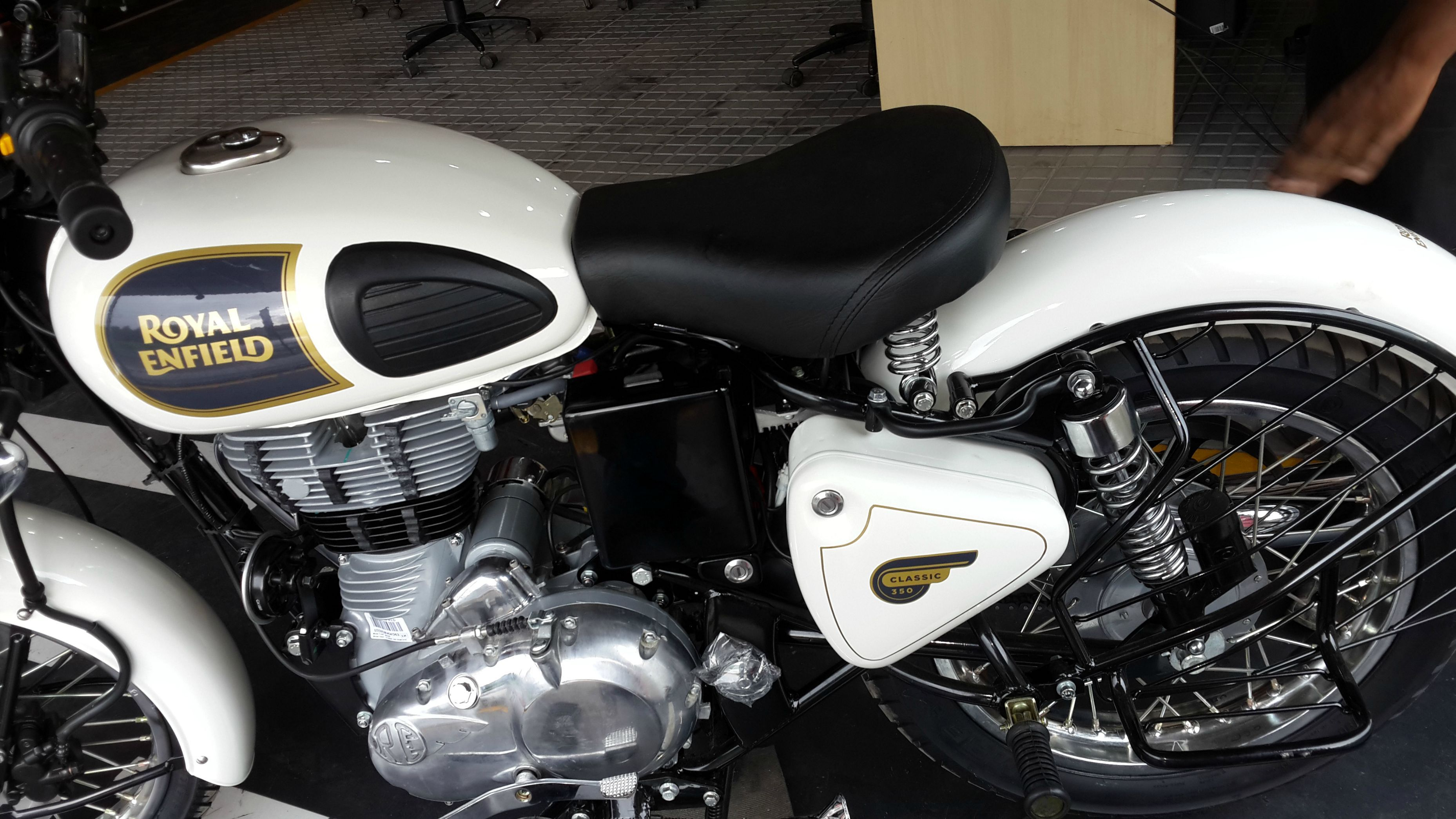 Royal enfield thunderbird 500cc price in nepal - Royal Enfield Images Profile Royal Enfield