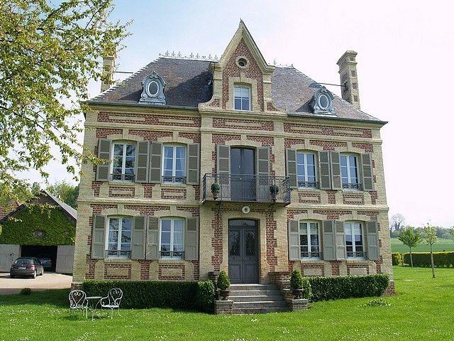 Belle Maison De Maitre 1886 Entierement Renovee Avec Gout Au Milieu De Son Jardin Clos De 2900m En Normandie Maison De Maitre Belle Maison Et Maison