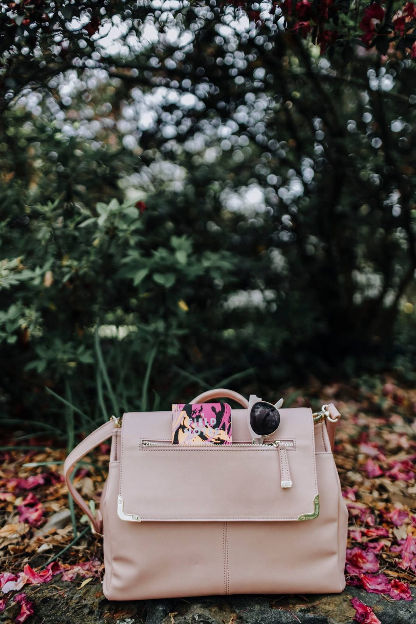 a263f40a7bd5 💘Blushing over this A Beautiful Mess Bag! Our favorite convertible bag for  this summer.