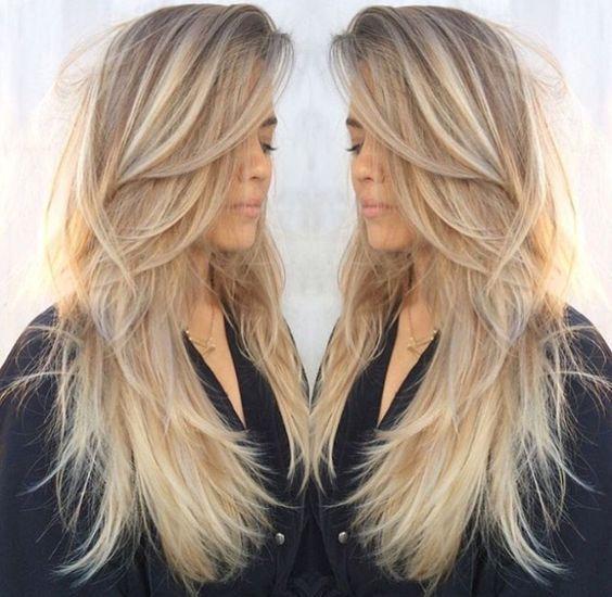 Les Nuances Blond Cafe Et Beige Avec Des Vives Couleurs Marqueront Cet Ete 2016 La Preuve En Photos Cheveux Longs Blonds Photo Coiffure Coupe De Cheveux