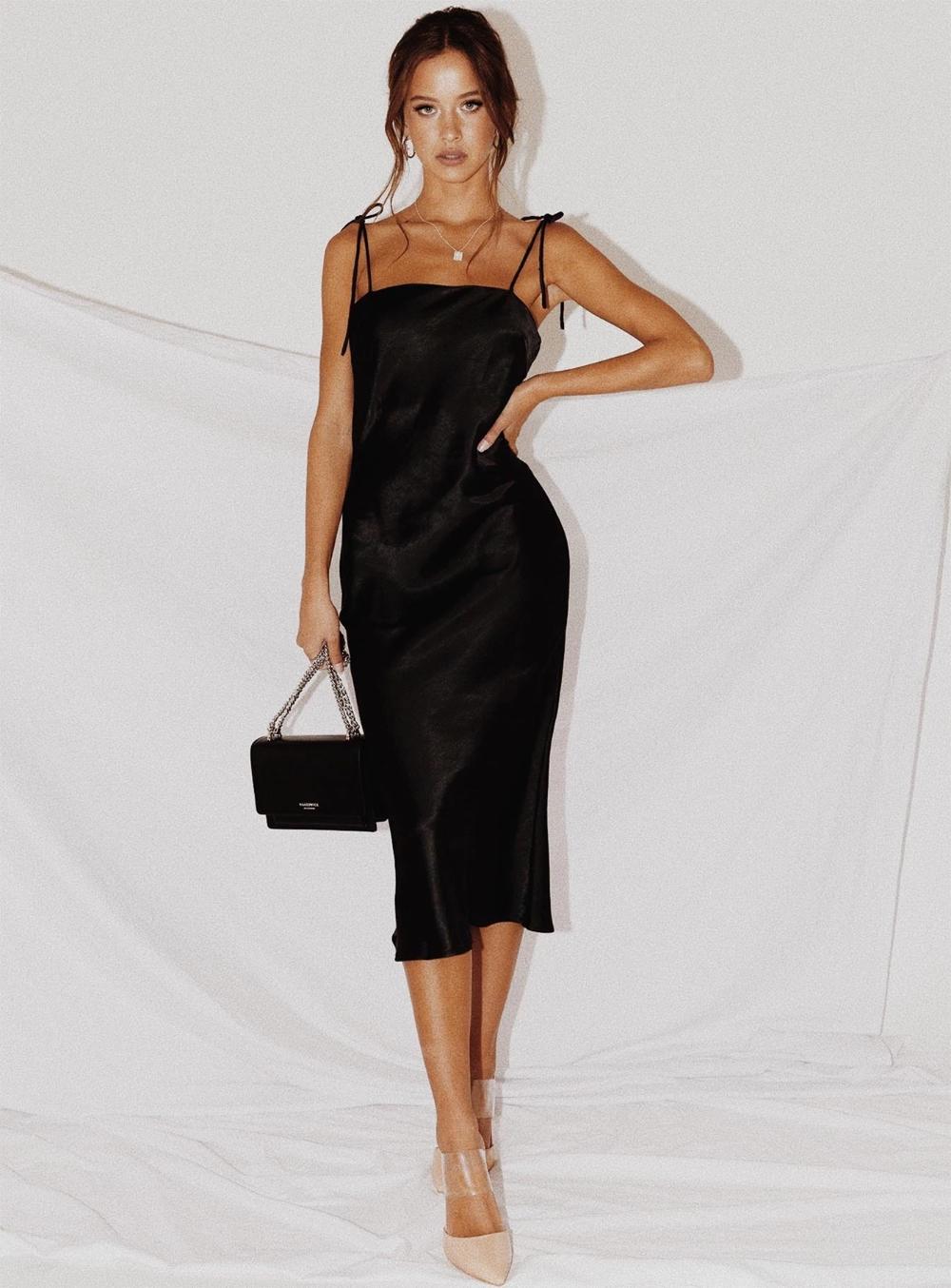 Elan Silky Midi Dress Black Silky Maxi Dress Black Midi Dress Midi Dress Winter [ 1354 x 1000 Pixel ]
