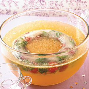 20 christmas punch ideas refreshing the guests with sparkles tangs and fizzy goodness - Christmas Punch Ideas