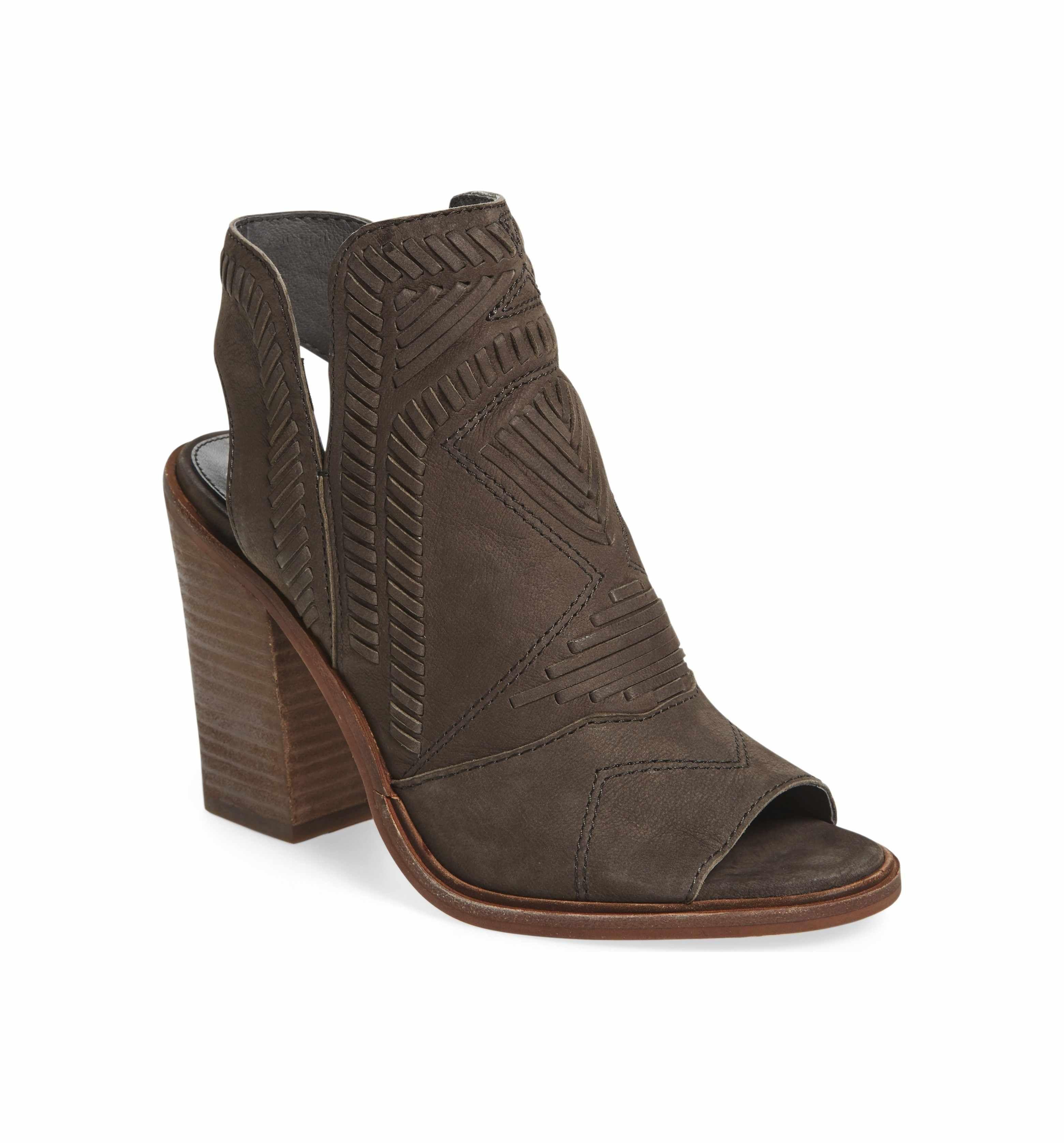 1e745e3df9 150 Main Image - Vince Camuto Karinta Block Heel Bootie (Women ...
