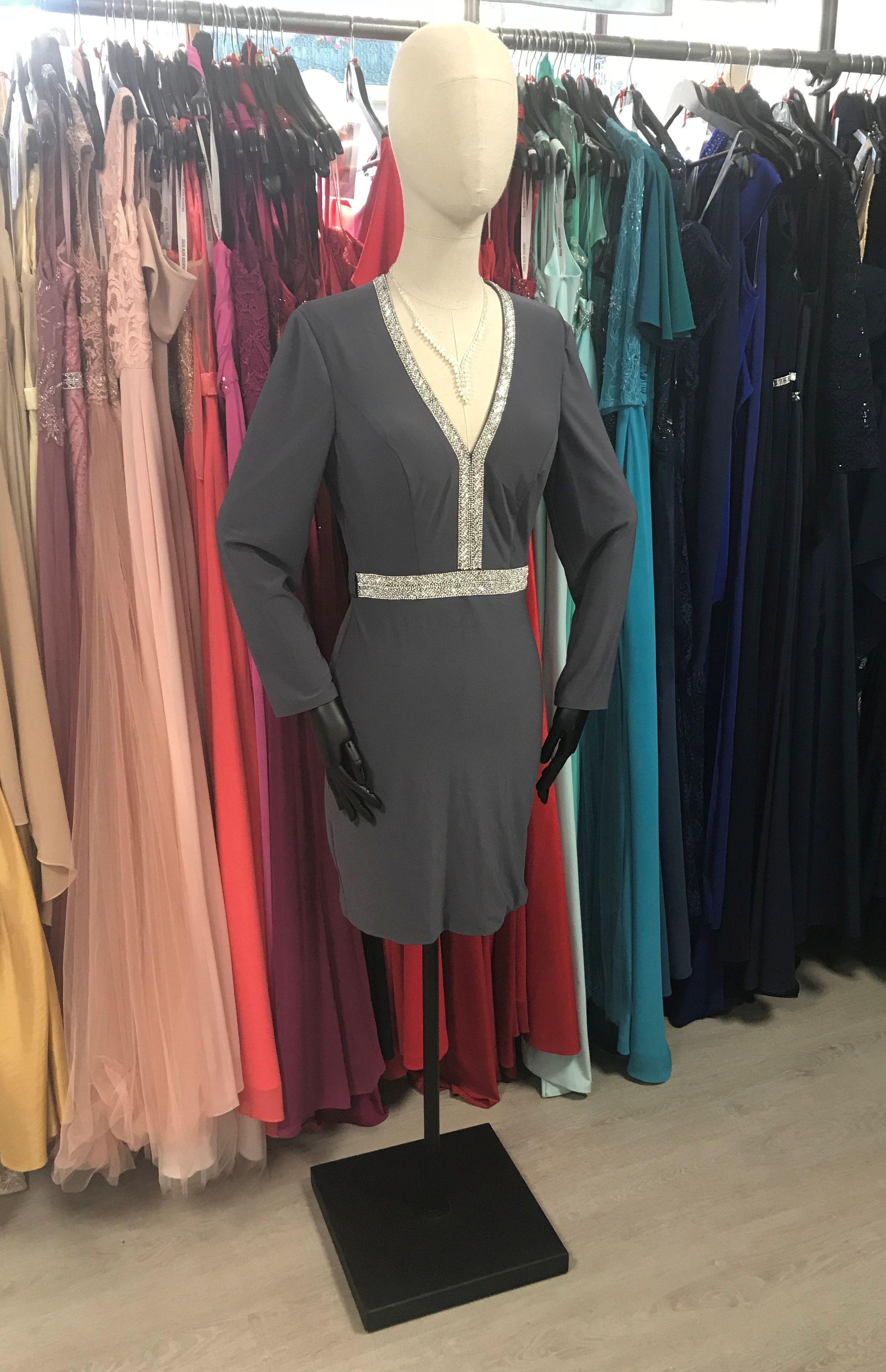 7256e20cd55 Robe courte cocktail gris perle