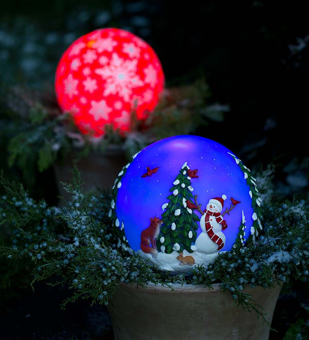 outdoor holiday lighting timer. solar-powered glowing outdoor holiday globe | lighting timer