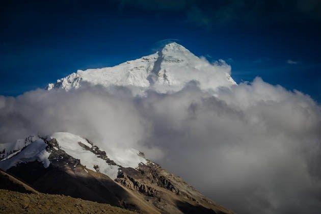 Mount Everest Tibet http://www.divergenttravelers.com/rtw-recap-8-days-tibet/ #tibet #China #mounteverest #mustsee #mustread #divergenttravelers #bestblog #postoftheweek