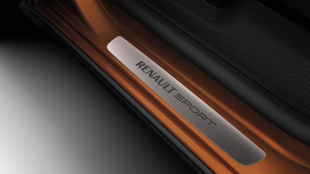 Battitacco Renault Sport.