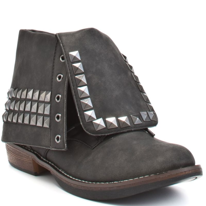 "Penny Loves Kenny  ""Traffic\"" studded ankle boots"