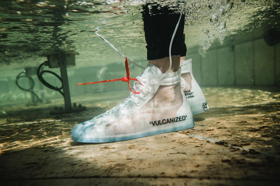 8b4e0624c965 OFF-WHITE x Converse Chuck Taylor (162204C) - On feet (Left)