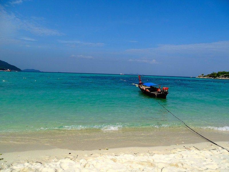La Thailande Est Le 3eme Pays De Notre Tour Du Monde Nous Avions Deja Eu Un Petit Apercu Lors De Nos Vacances En Vacances En Novembre Thailande Tour Du Monde