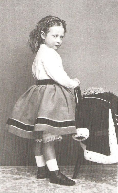 vintage-royalty:    Princess Victoria of Hesse