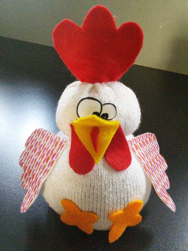 poule chaussette :juliette la poulette : bricolage de pâques facile
