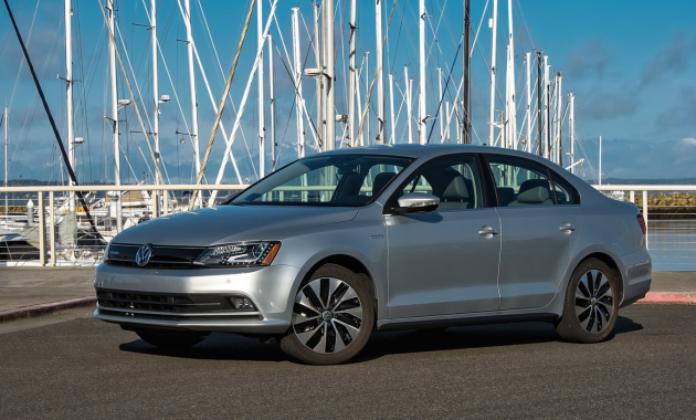 2015 Volkswagen Jetta Hybrid Owners Manual In 2020 Volkswagen Jetta Volkswagen Owners Manuals