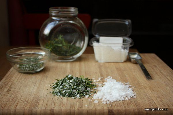 Homemade Celery Salt from emmycooks.com--would make a great holiday gift!