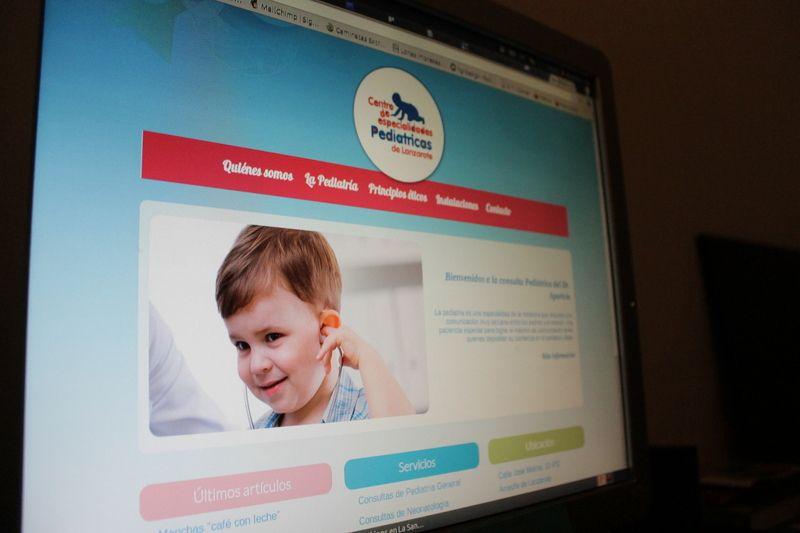 Página web del centro de especialidades pediátricas.
