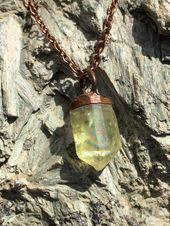 Photo of Golden Scapolite Kristall und Kupfer Anhänger Aufgeregt, diesen Artikel aus meinem …