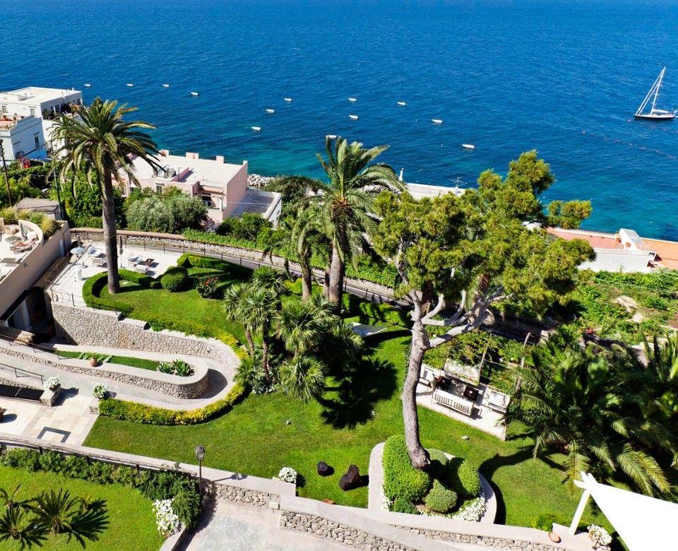 Urlaub in Italien: Die 23 schönsten Orte am Meer - Fritzguide |Capri Italy Golf