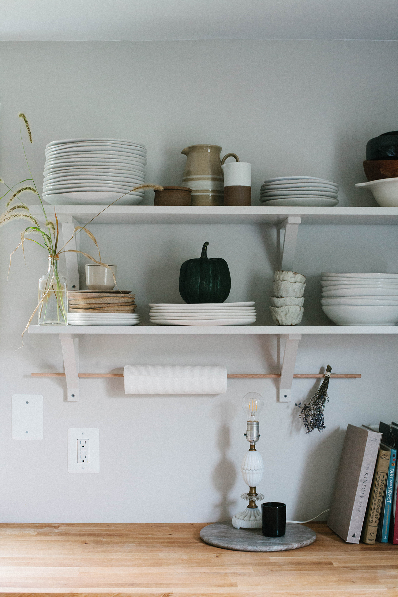 Country Kitchen Shelves How To Style Open Kitchen Shelves For Autumn Kitchen Culinary