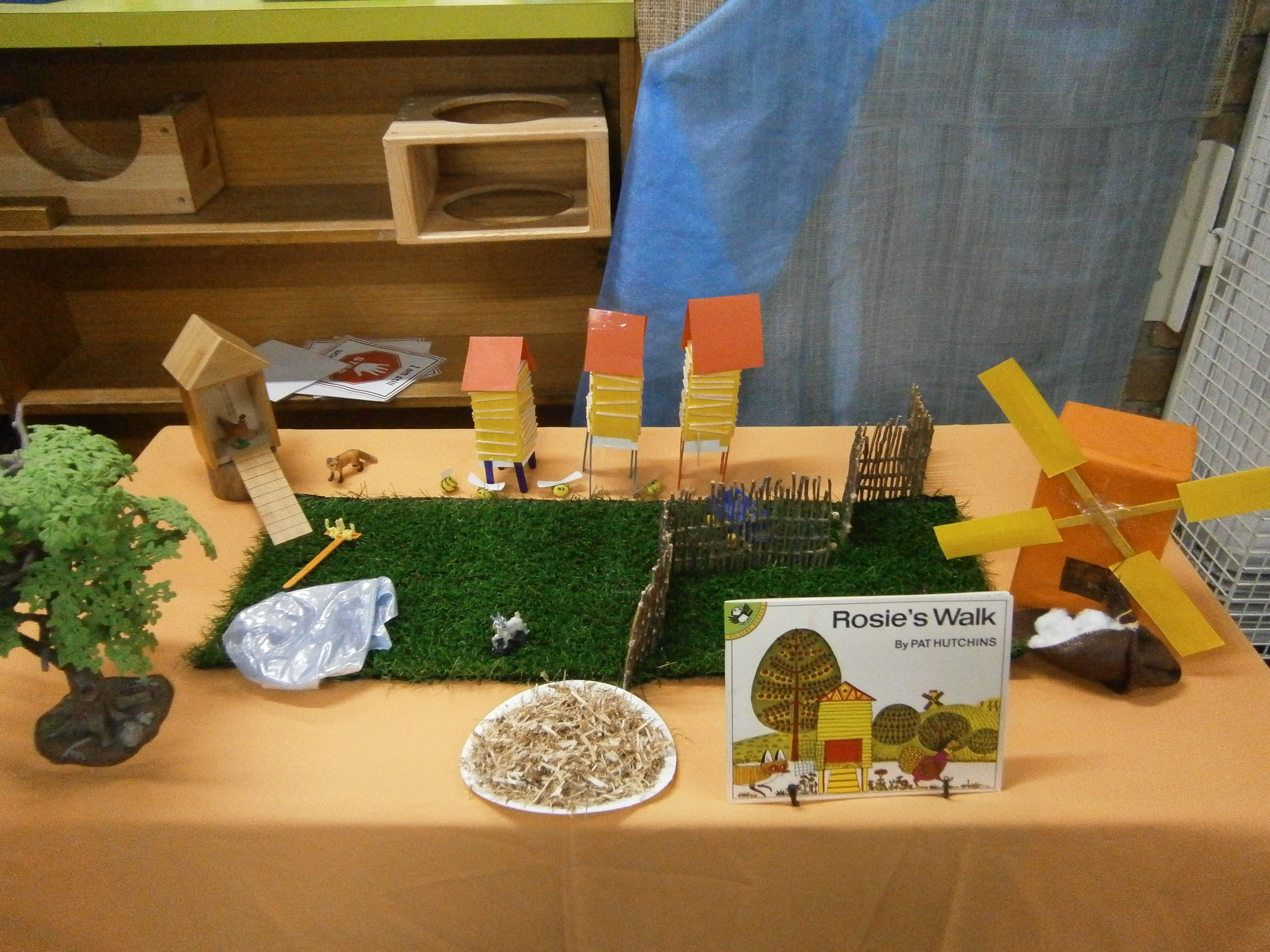 Rosie S Walk Story Table