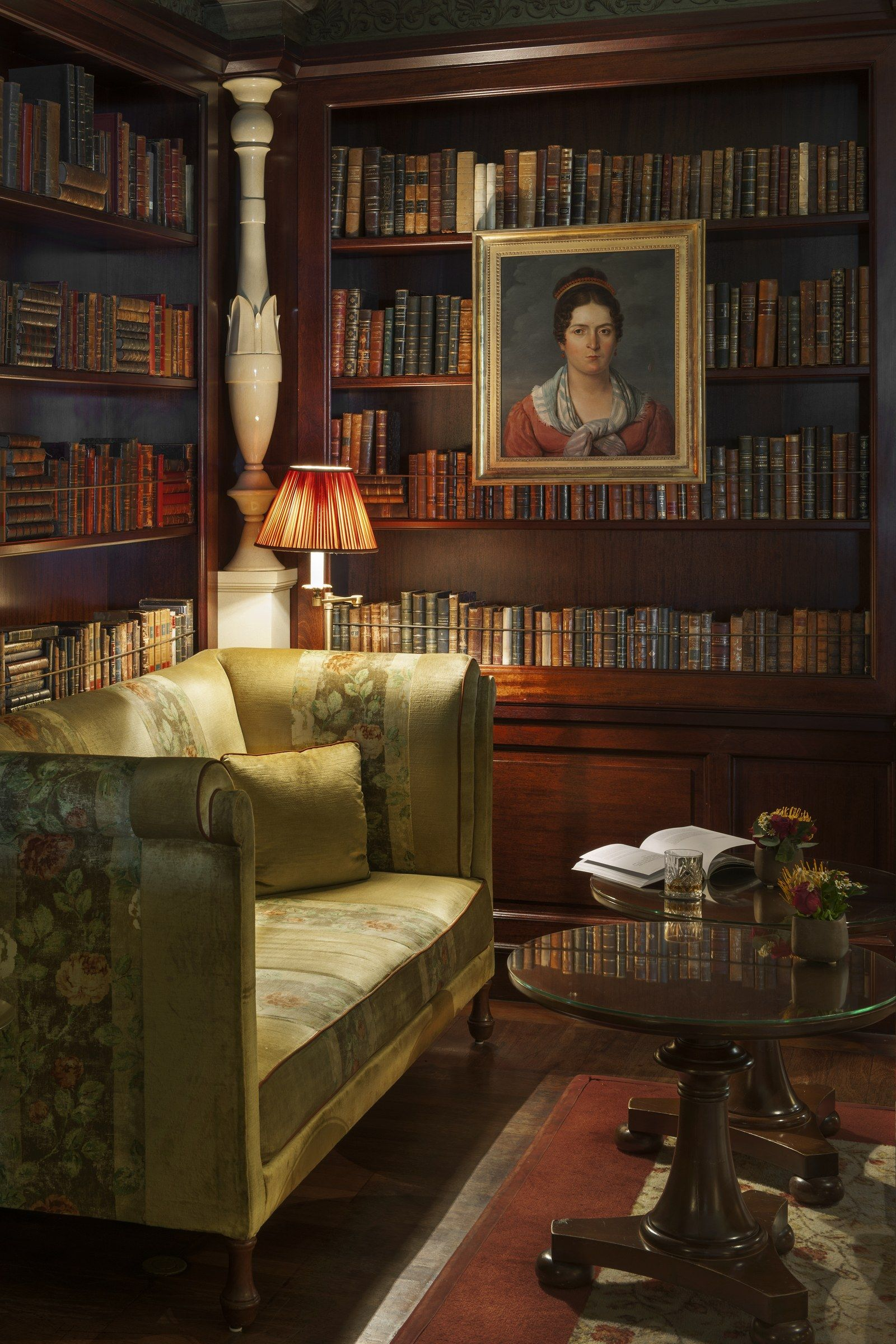 Classic Home Library Design: The World's Best-Looking Library Bars In 2020 (With Images