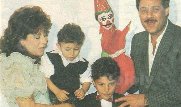 فاروق الفيشاوي و زوجته سمية الألفي و أولادهم احمد و عمر Art Cool Pictures Egypt