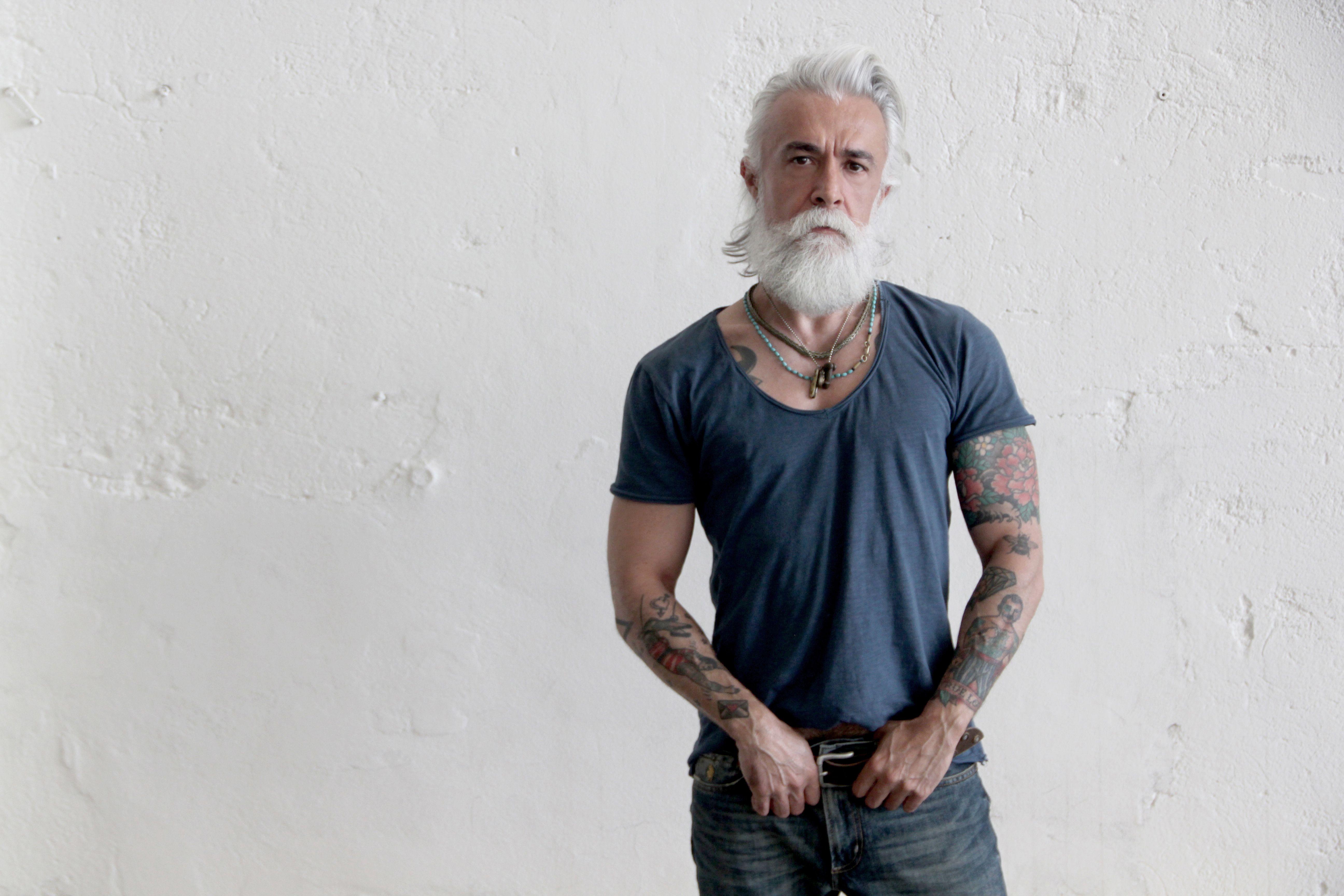 Пикап пожилые бородатые мужики фото