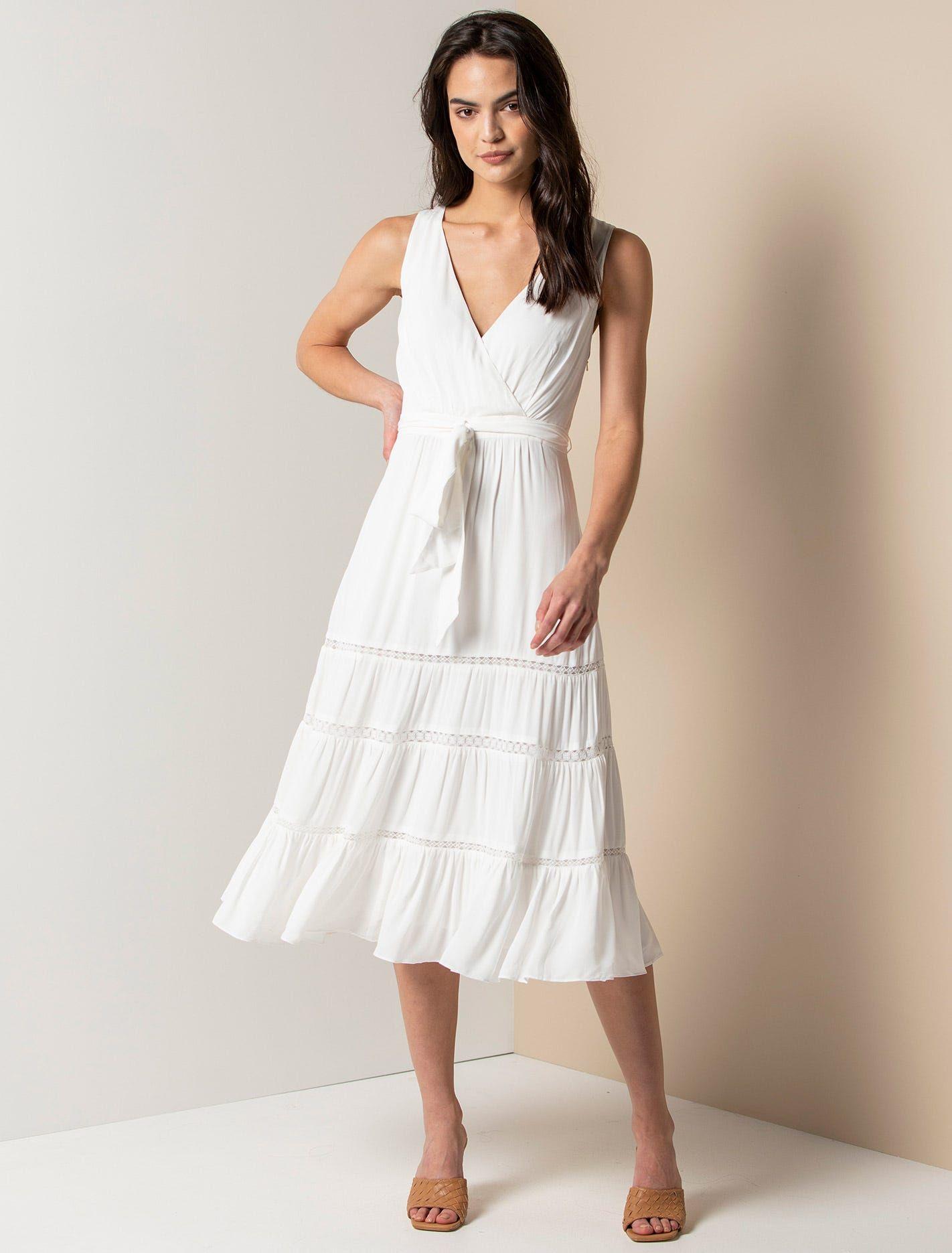 Georgia Tiered Midi Dress Women S Fashion Forever New Womens Midi Dresses Dresses Midi Dress [ 1871 x 1422 Pixel ]