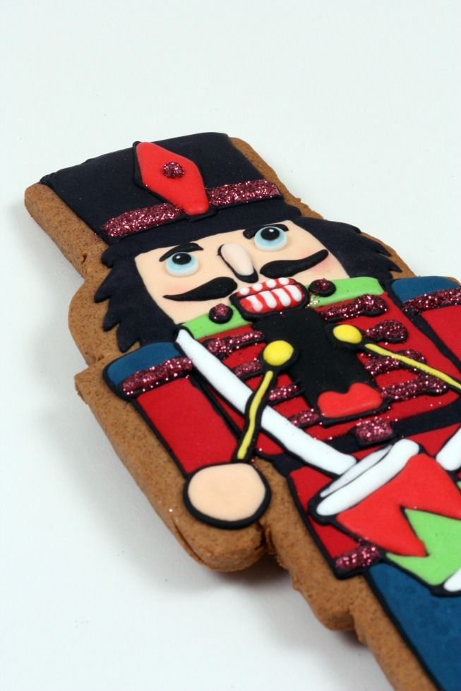 Gingerbread Cut-Out Cookie | Rezept | Recipes: Christmas Cookies ...