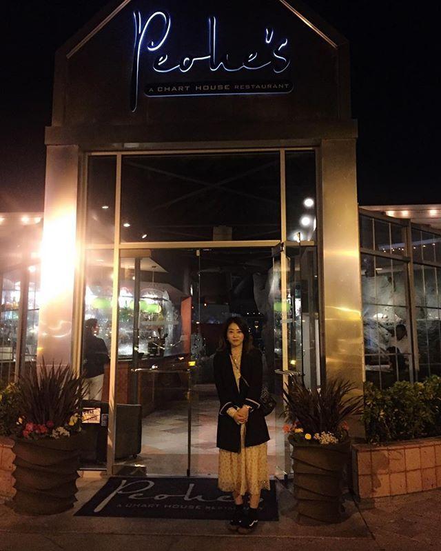 Henry 초대로 美味晚餐, 사진도 잘찍어듐💙 #coronado#peohes#dinner#selfie#daily#dailylook #sandiegoconnection #sdlocals #coronadolocals - posted by  https://www.instagram.com/siennajung. See more post on Coronado at http://coronadolocals.com