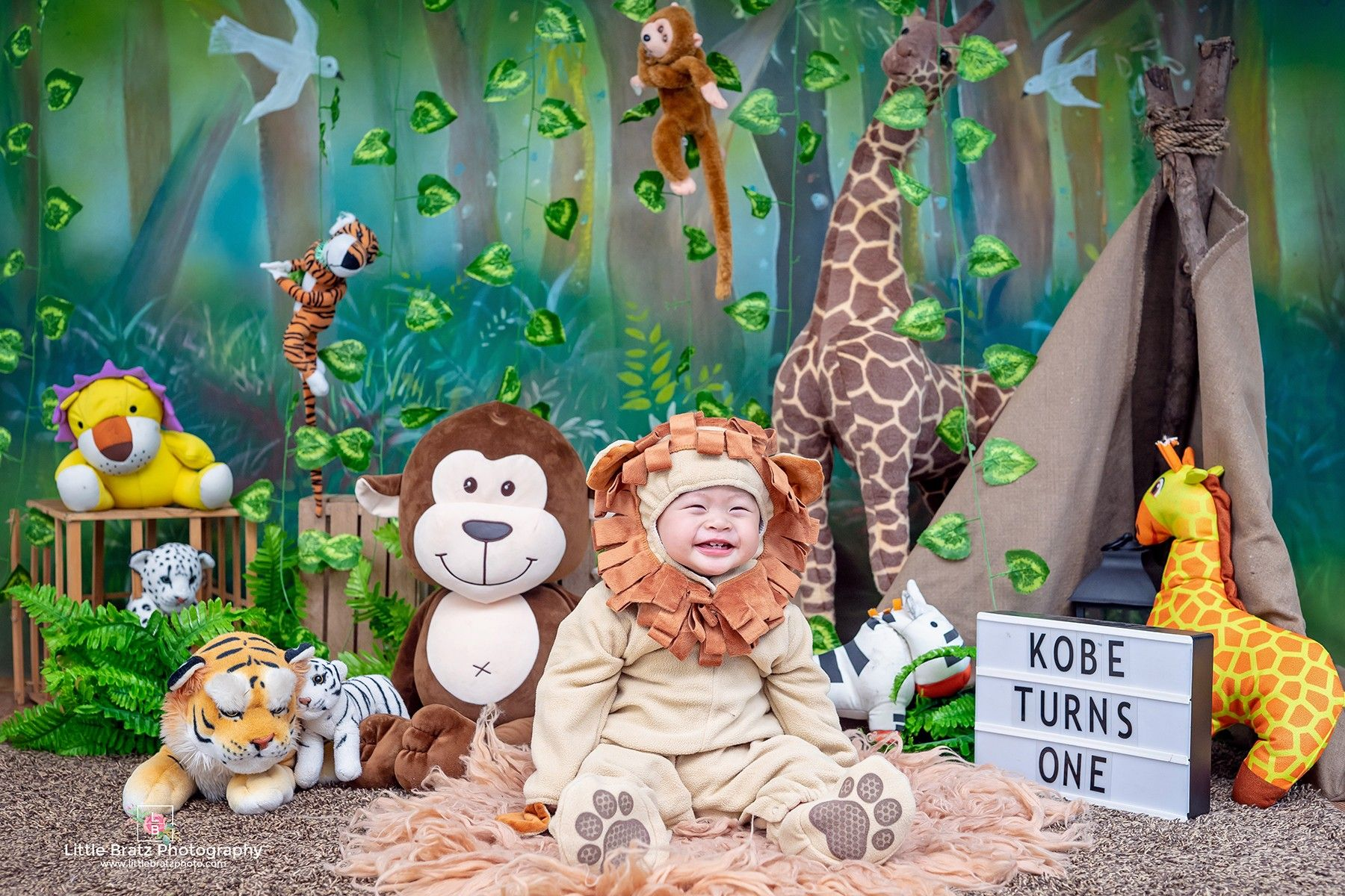 Safari outfits photoshoot zelda baby fictional characters photo shoot babys