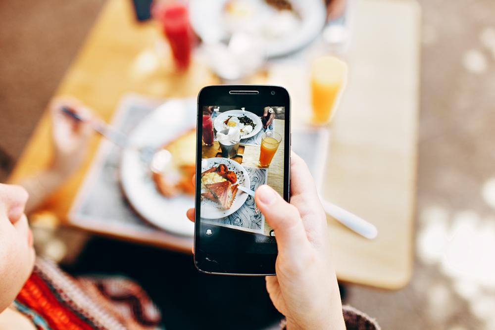 Handy Flat Ohne Vertrag Oder Lieber Prepaid Beste Handyflat Zum Top Preis Jetzt Sparen Und Einen Neuen Gunstigen Aktuellen H Food Photography Digital Detox Restaurant Marketing