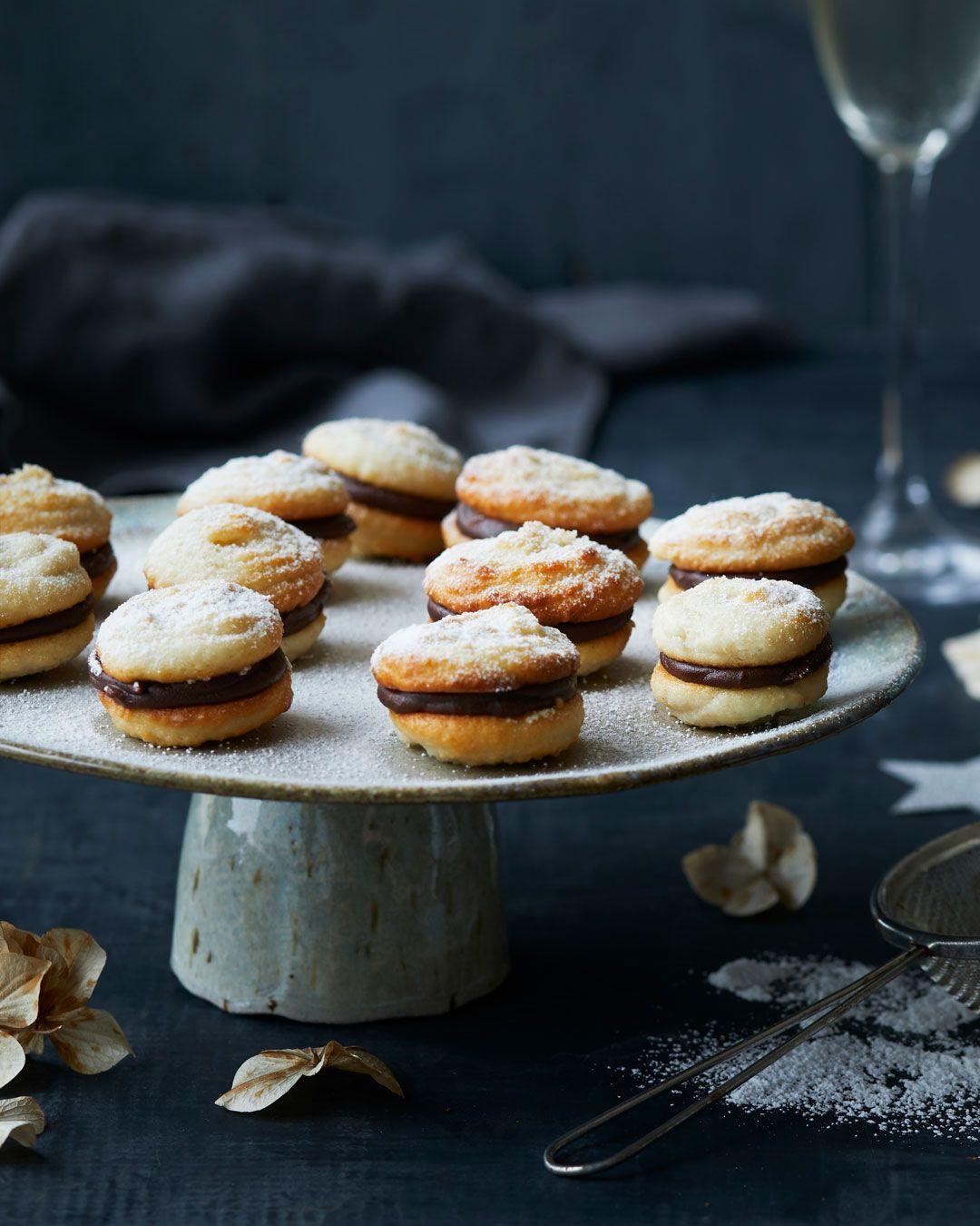 Kransekage-macarons med nougatcreme #kransekageopskrift