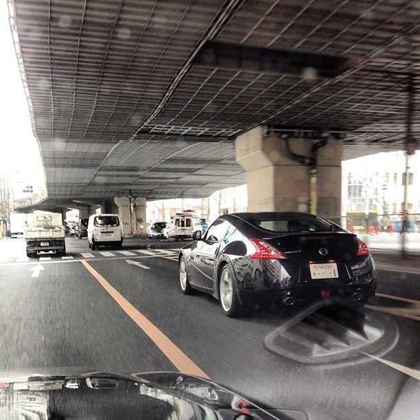 Go ride #370z http://r-auto-tokyo.tumblr.com/   #jdm #jdmculture #TOKYO #改造車 #中古車 #usedcar #kaizo #クルマ好き #オートオタ #nissan - @r_auto_tokyo- #webstagram