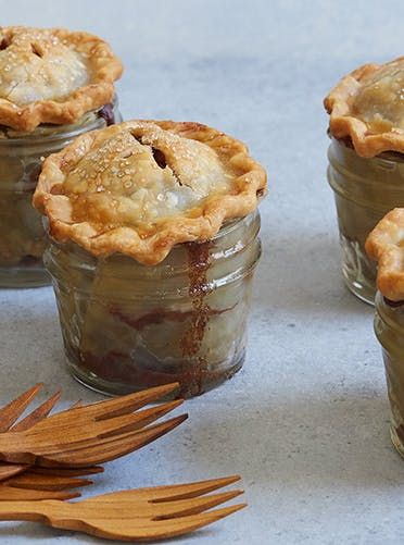 21 Mini Thanksgiving Desserts That Are (Almost) Too Cute to Eat #thanksgivingdesserts