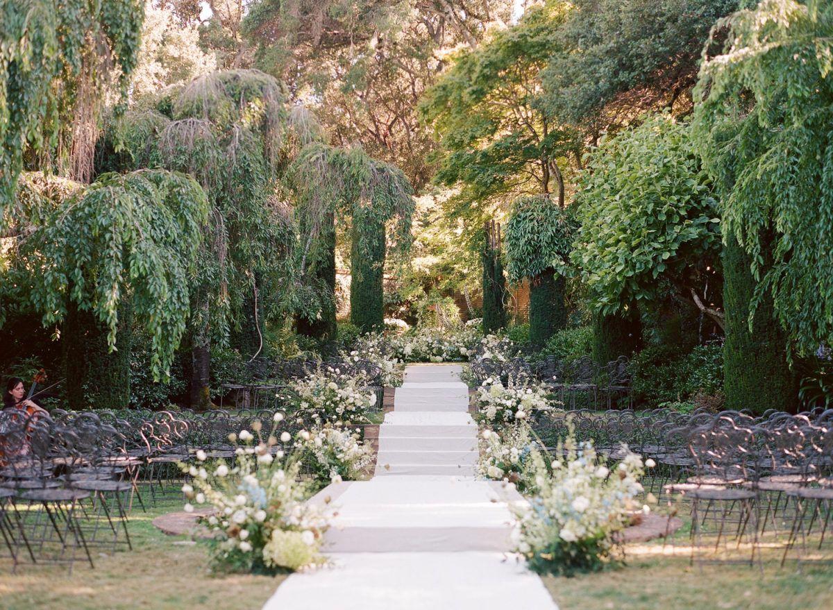 Style Me Pretty In 2020 Garden Wedding Venues California Outdoor Wedding Venues California Garden Wedding Venue