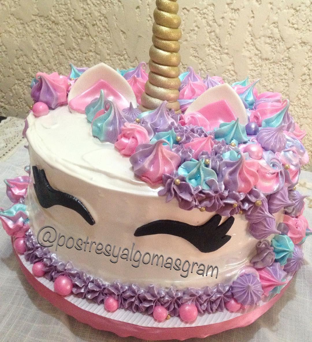 Una linda torta de unicornio para el cumple de una princesa