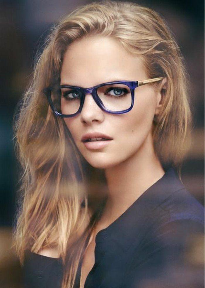75f4142024b49b modele de lunette de vue femme effet contrastant sur le visage bleu indigo