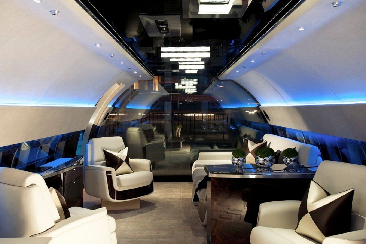 See more of Argent Design's The Jet Business on 1stdibs