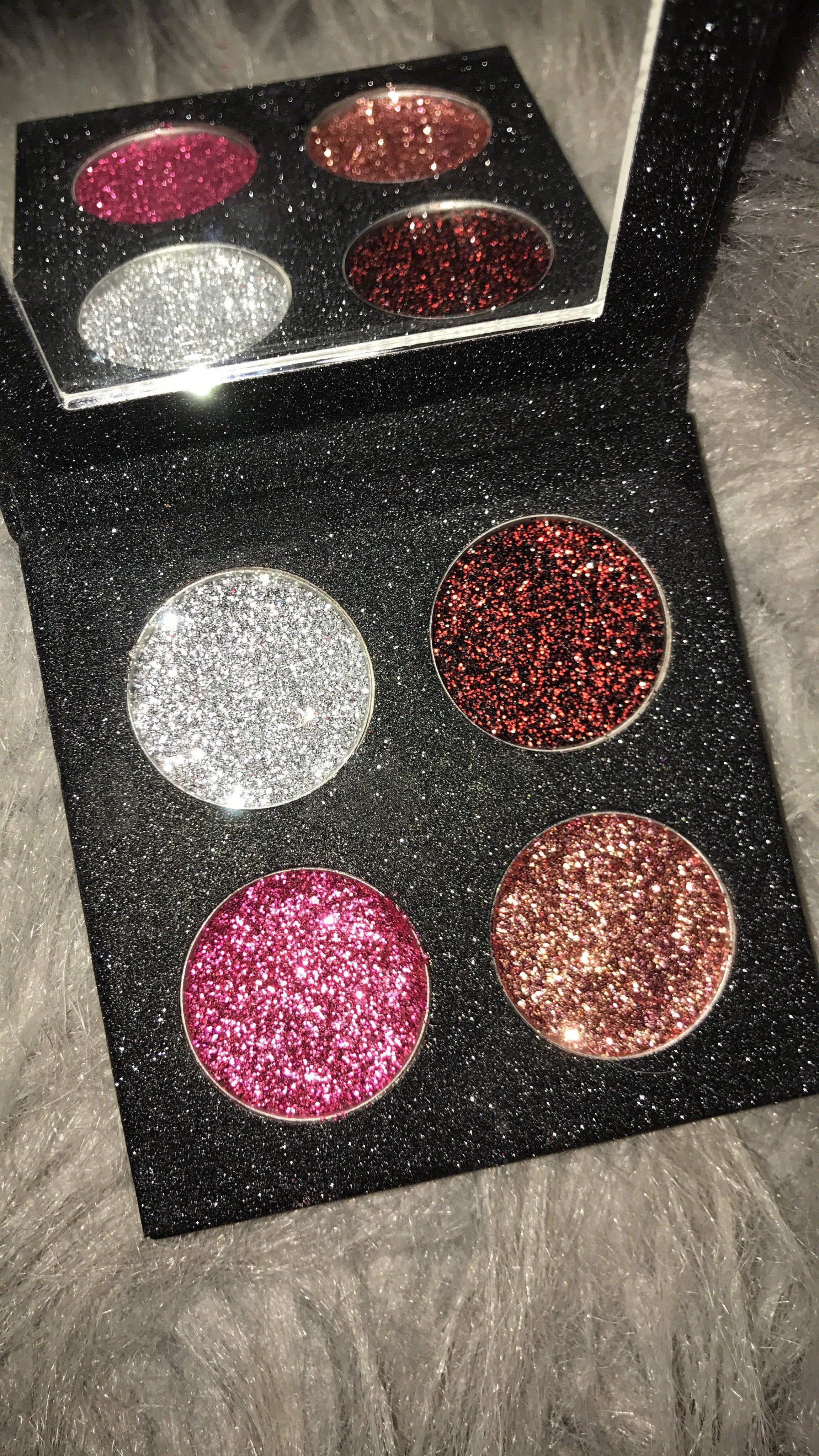 4 Beautiful Glitters In A Glitter Palette The Colors Include