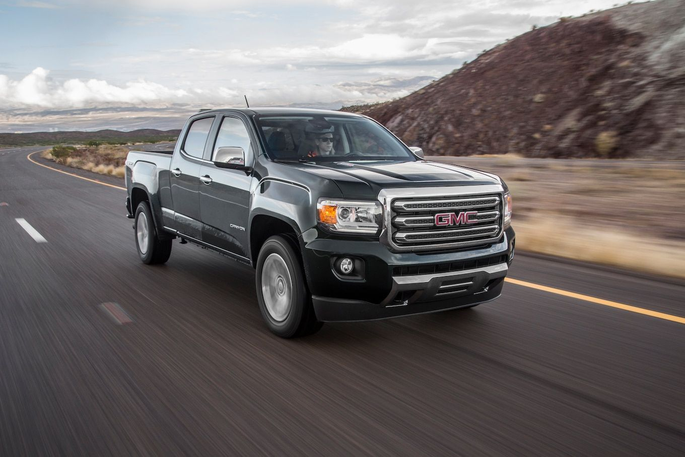 Explore 2020 Gmc Canyon Diesel Performance And Technology Features We Reviews The 2020 Gmc Canyon Diesel Release Where Consumers Gmc Canyon Canyon Diesel Gmc