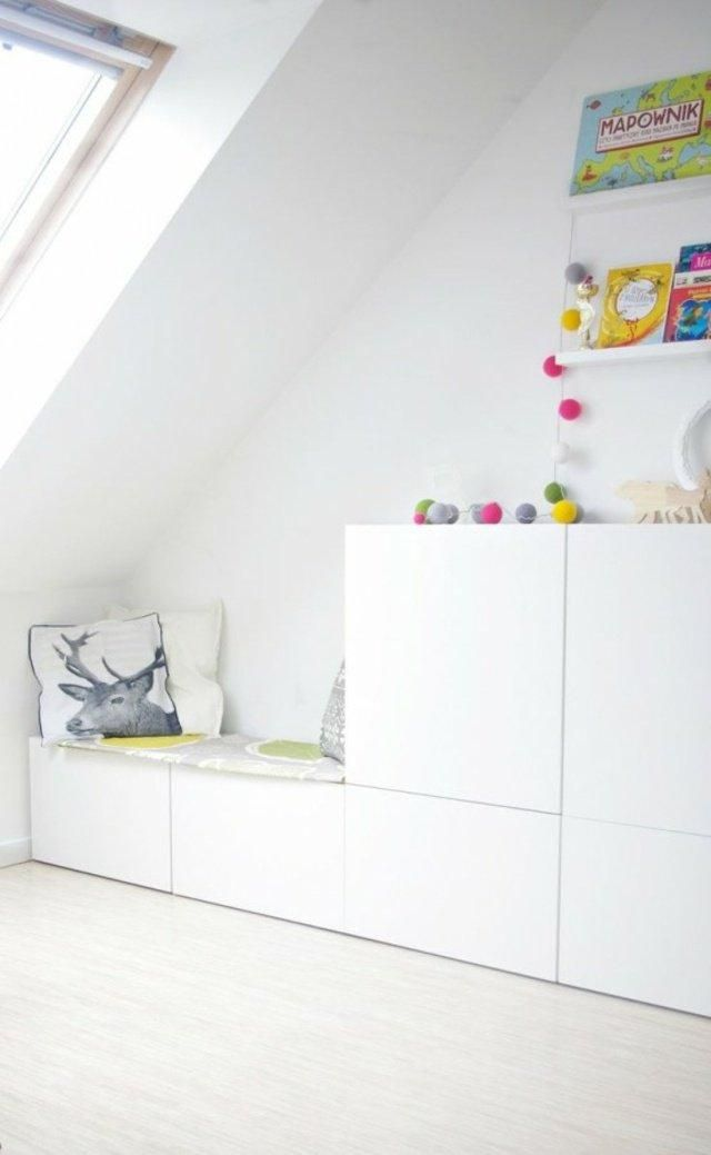 leseecke lastenhuoneen sisustus kinderzimmer schrank. Black Bedroom Furniture Sets. Home Design Ideas