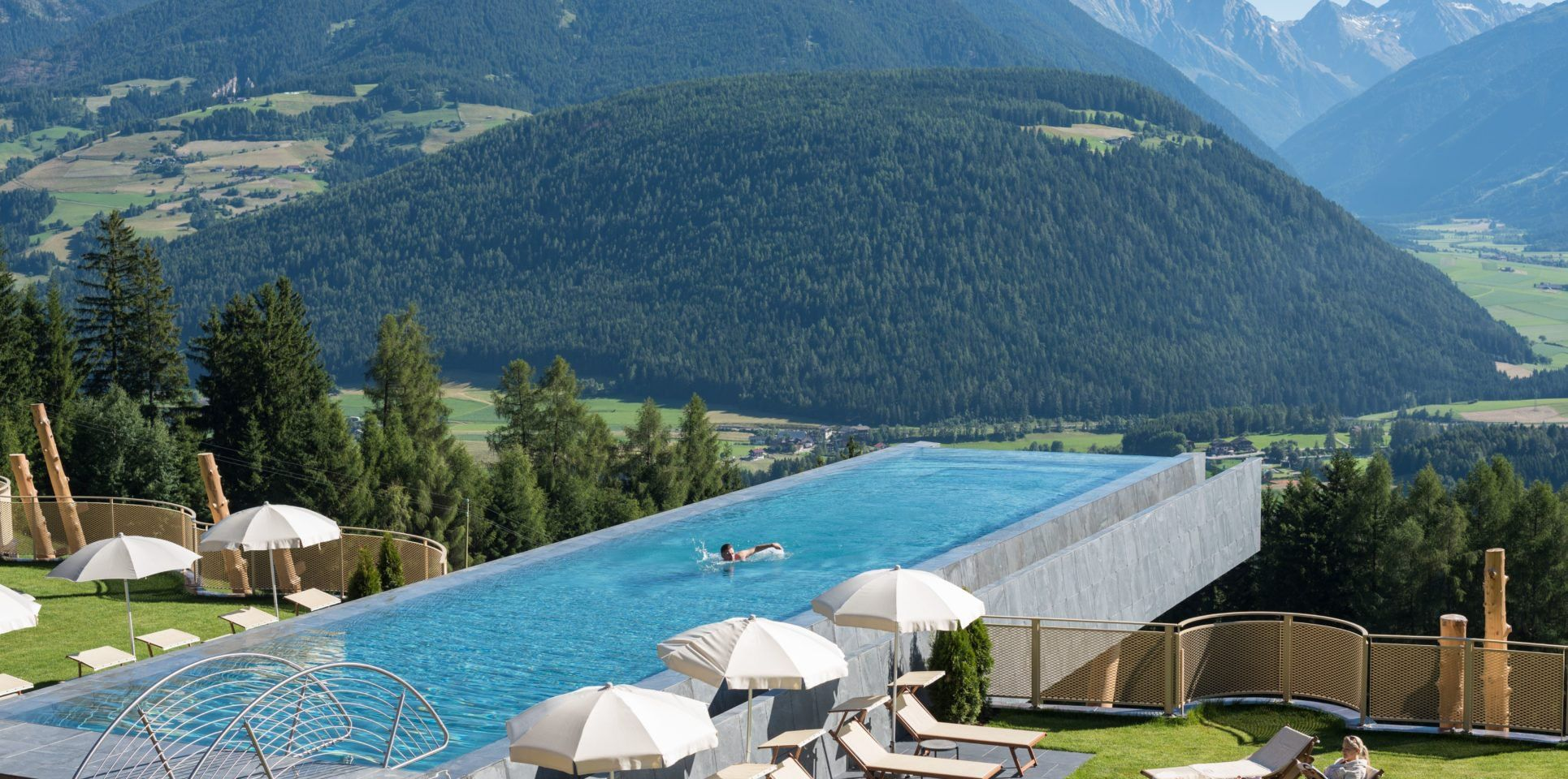 Best Hotel In Switzerland With Infinity Pool Hotel Hubertus South Tyrol Italy This Infinity Pool Has A Glass Bottom Hangs 40 Ft Above The Ground So You Can Fly A Pool Infinity Pool Luxury Vacation