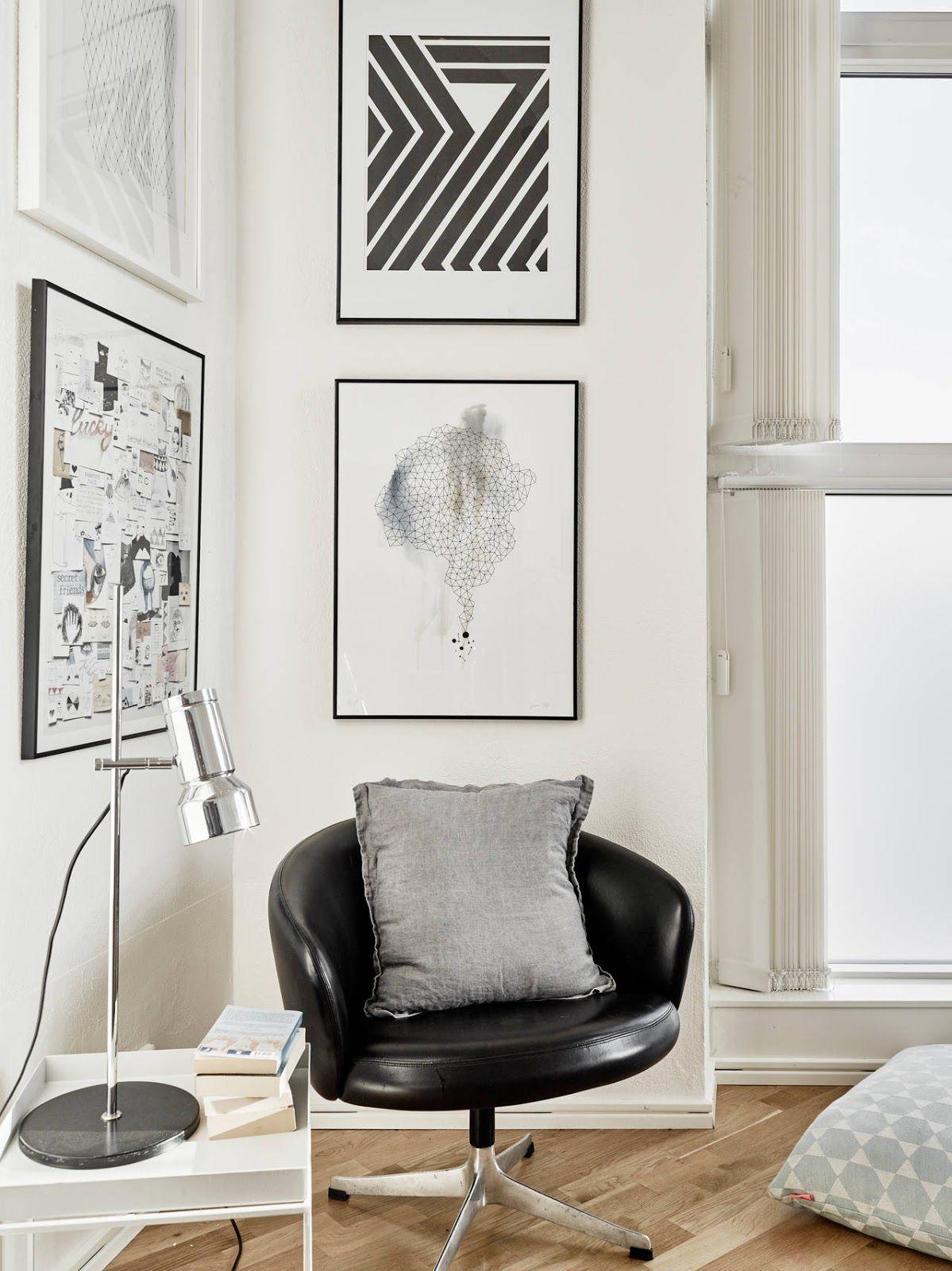 Wohnzimmer Skandinavisch Modern Schlicht Minimalistisch Reduziert Monochrom Einrichten Sessel Leder Schwarz Design Bilderwand Kunst Wanddeko Wandgestaltung