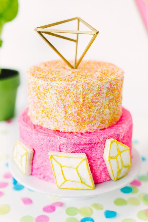 geometric cake decor - photo by Emily Chidester DIY by Studio Cultivate for Ruffled http://ruffledblog.com/diy-geometric-wall-decor