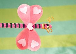 Love bugs!  Just popsicle stick, construction paper, and pipe cleaners!