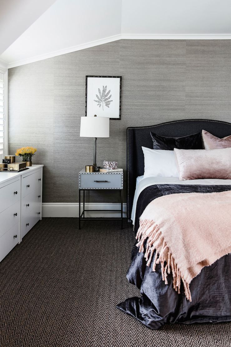 masculine bedroom - grasscloth wallpaper & herringbone pattern ...