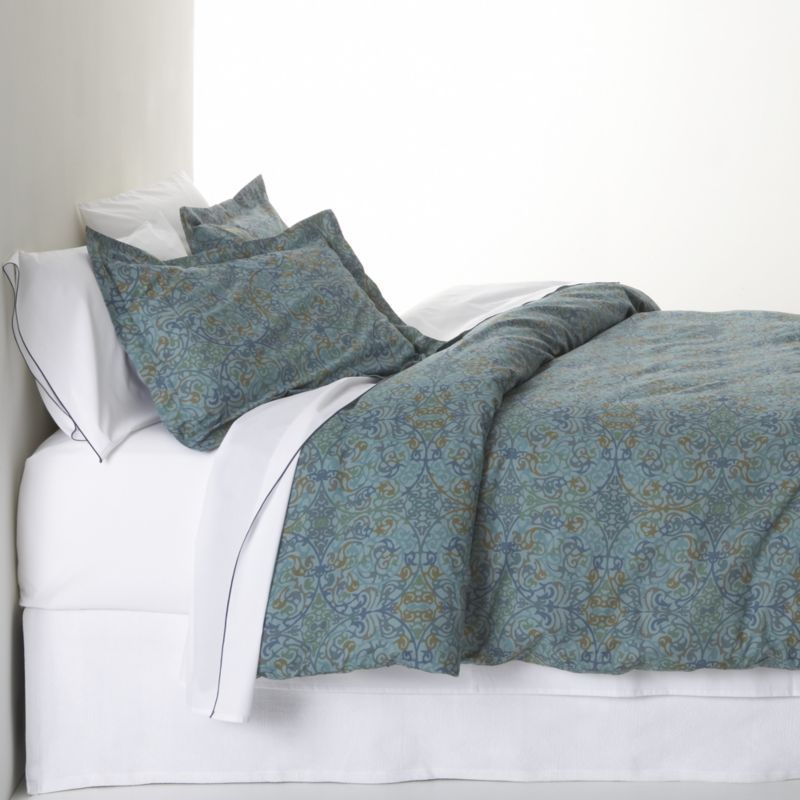 Lucia blue bed linens crate barrel not really into for Crate barrel comforter